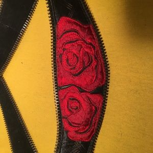 Red rose leather belt